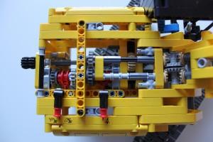Lego Technics 42006 - 5